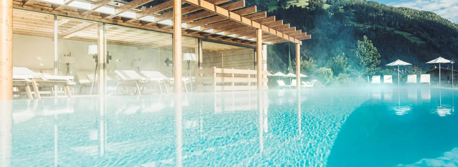 Poolanlage Wellnesshotel Theresa Tirol