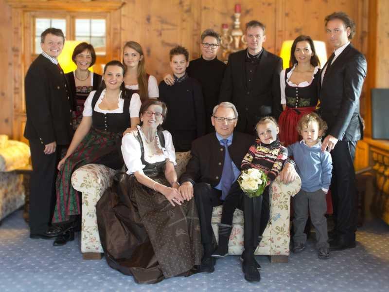Goldene Hochzeit Feier im Hotel Theresa, Familienbild