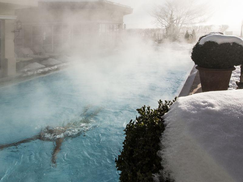 Beheizter Pool Wellnesshotel Theresa